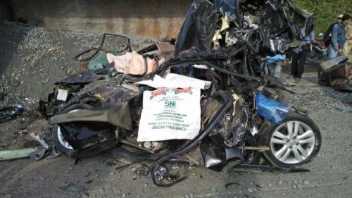 Tabrakan Beruntun di Jalan Lintas Sumatera, 4 Tewas dan 5 Terluka