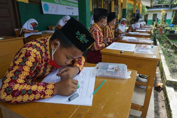 Peringati Hari Bumi, RAPP-APR Dukung Edukasi Dini Anak Lewat Lomba Menggambar dan Mewarnai