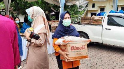 Pasar Murah Disperindag Dumai dan Riau Diserbu Emak-emak
