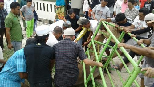 Pemotongan Hewan Kurban di Masjid Al Mukminin Jl Kutilang Sakti Sempat Menegangkan, Ini Penyebabnya
