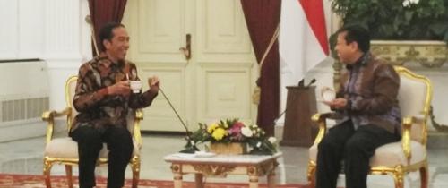 Jokowi: Kalau Ada Apa-apa dengan Trump, Bisa Minta Tolong Pak Setnov, Beliau Kan Berteman