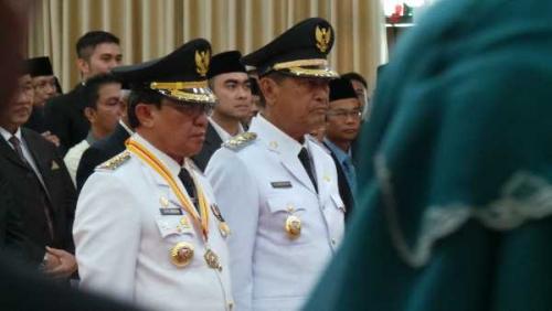 Wardan dan Syamsudin Uti Resmi Dilantik Sebagai Buapti dan Wakil Bupati Inhil