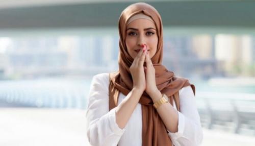 Muslimah Australia Dilempari Botol dan Dikoyak Hijabnya karena Balas Ucapan Selamat Natal dengan Selamat . . . .