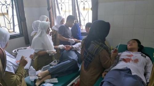 Tertimpa Genteng yang Runtuh Diguncang Gempa, 7 Siswa SMK di Cianjur Luka Parah