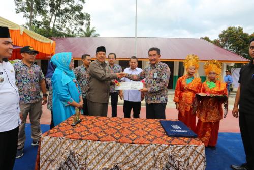 Kementerian PUPR Renovasi 5 Sekolah di Kabupaten Siak, Alfedri: SDM Guru Harus Ditingkatkan