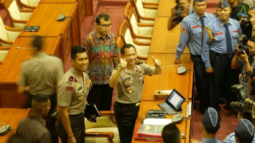 Belasan Jenderal Polisi Temani Komjen Tito Karnavian di DPR, Mereka adalah . . . .