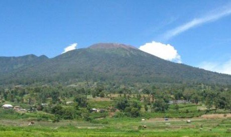 Naik pada Sabtu di Pos Koto Baru, 5 Pendaki Marapi Hilang Saat Turun