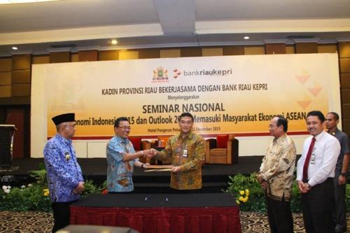 Riau Harus Perkuat UMKM Hadapi MEA
