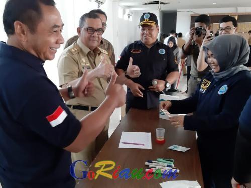 BreakingNews: Pagi Ini, Ratusan Personel Satpol PP Riau Dites Urine oleh BNN