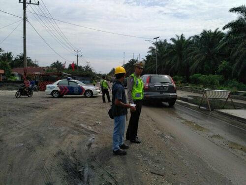 Atasi Kemacetan, Satlantas Polres Bengkalis Tegaskan Pengendara di Lintas Duri-Pekanbaru Harus Bisa Antri
