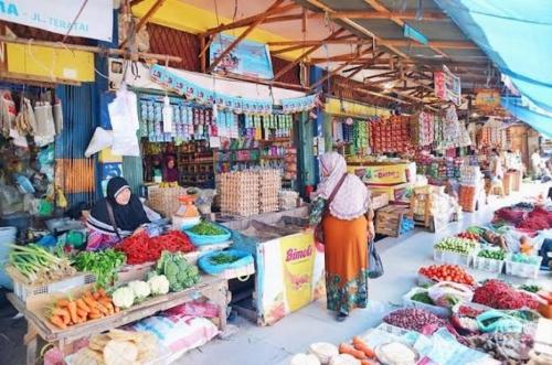Tepis Isu Hoax, Disperindag Pekanbaru Pastikan Pasar Tradisional Tetap Beroperasi