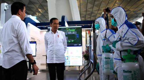 Wabah Covid-19 Terus Meluas, Jokowi Tolak Lockdown, Ini Alasannya