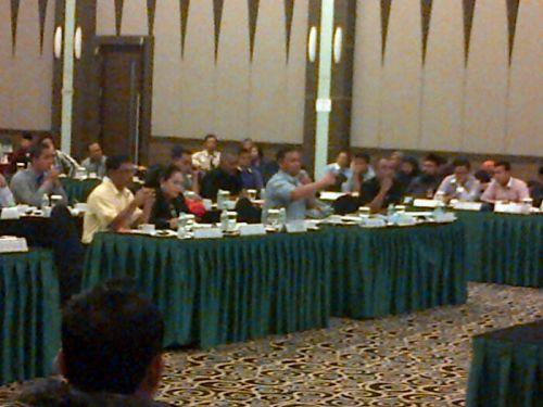 Sidang Pleno Memanas, KPU Kampar Dihujani Interupsi