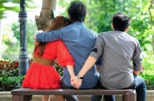 Setelah 20 Tahun Barulah Pria Ini Tahu 3 Anaknya Hasil Perselingkuhan Sang Istri