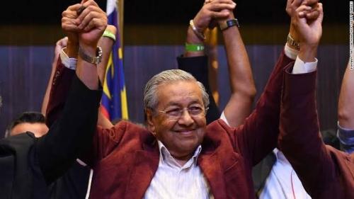 Utang Negara Membengkak, Mahathir Pangkas Gaji Menteri dan Bubarkan Badan-badan Tak Penting