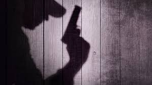 Seorang Pria Bersenjata Api Lepaskan Tembakan Membabi Buta di Dalam Bioskop, Puluhan Penonton Jadi Korban