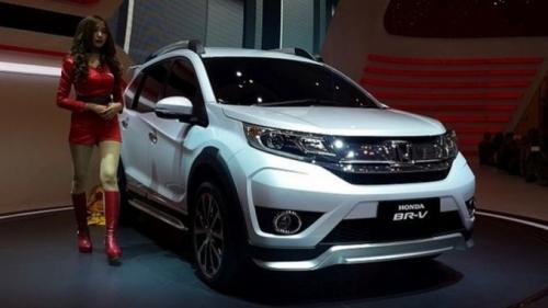 Hebat, Di Tengah Lesunya Pasar Otomotif, Justru Penjualan Mobil Honda Diprediksi Melampaui Target