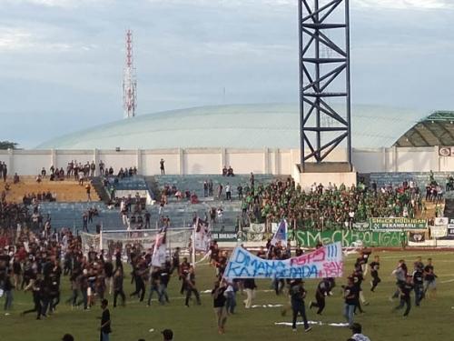 Wagub Ungkap Kekecewaan, Suporter PSPS Mohon Maaf