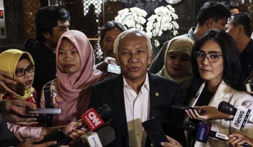 10 Fraksi di Komisi III DPR Setujui Amnesti untuk Baiq Nuril