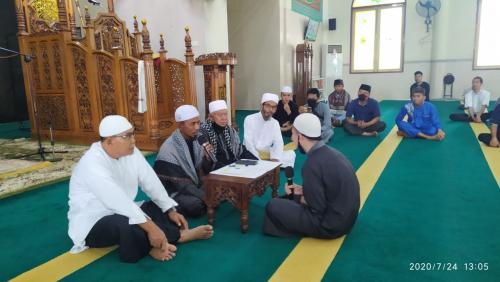 Akan Menikah dengan Wanita Muslim, Pria Budha di Selatpanjang Ini Bersyahadat