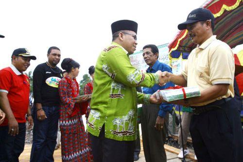 RAPP Bantu 5.000 Buku di Pulau Padang