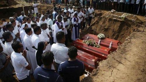 Tengah Hamil, Istri Pelaku Bom di Sri Lanka Ledakkan Diri bersama Anaknya Saat Digerebek, 3 Polisi Ikut Tewas