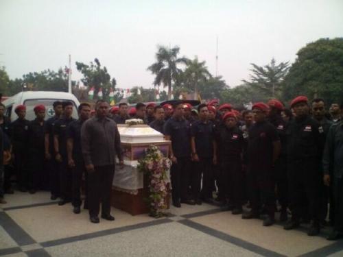 Jenazah Rustam Panjaitan Dilepas Rekan Sejawat di DPRD Kota Pekanbaru