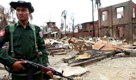 Bentrok di Rakhine, 7 Milisi Muslim dan 5 Polisi Tewas