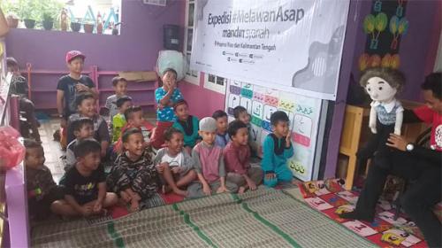 Anak-anak Pekanbaru Ceria di Rumah Aman Asap