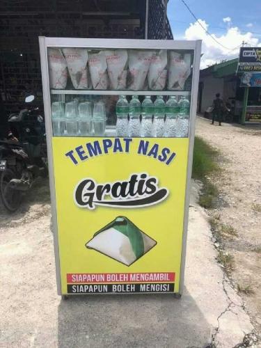 Wah.., Ada Tempat Nasi Gratis di Jalan Subrantas Pekanbaru, Ternyata Ini Ide Awalnya