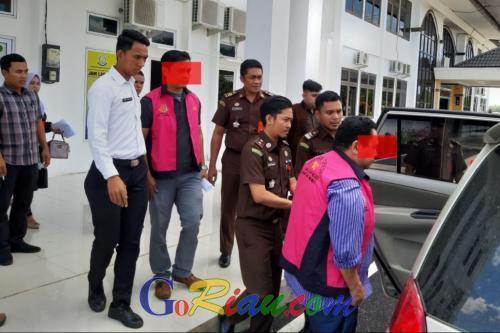 Diduga Korupsi Setengah Miliar Rupiah, Pejabat Kuansing Ditahan