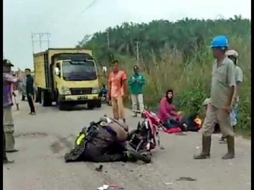 Ini Kronologis Kecelakaan Maut yang Tewaskan Pengemudi Sepeda Motor di Jalan Lintas Dayun - Perawang Km 41 Siak