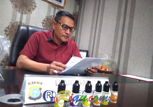 Polda Riau Temukan Liquid untuk Vape Bermerek Juice Liquid yang Mengandung Ganja Sintetik