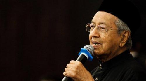 Rakyat Malaysia Galang Dana Bantu Mahathir Bayar Utang Rp3.595 Triliun