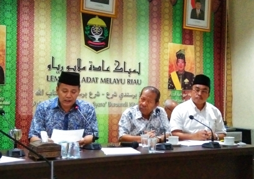 Keluarkan Warkah Amaran, LAMR akan Berikan Sanksi Adat Bagi Penghina Gubernur Riau