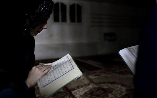 Kisah Mualaf Lisha, Mantap Bersyahadat Setelah Tak Sengaja Telepon Imam Besar Masjid