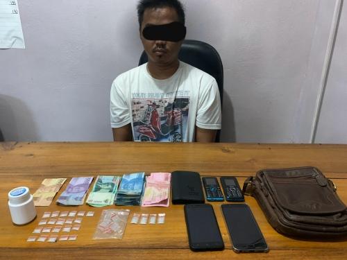 Diciduk Saat Tidur, 25 Paket Sabu Ditemukan dalam Kamar SMP di Duri