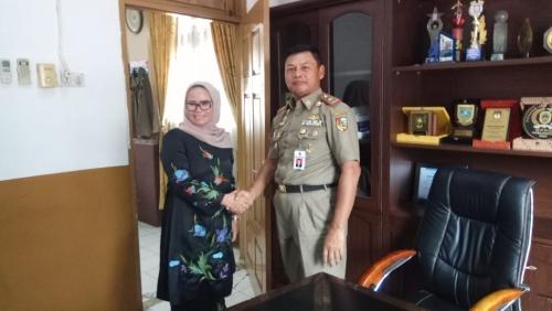 Nyatakan Dukungan ke Agus Pramono, Ade Hartati Datangi Kantor Satpol PP Pekanbaru