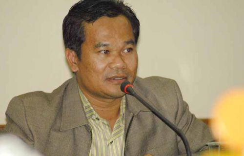 PU dan Pekerja Diingatkan Jangan Sembarangan Perbaiki Fly Over Pekanbaru