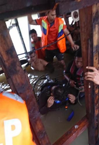 Ini Kronologis Kapal Bermuatan Elpiji Meledak di Tembilahan, Dua Orang Sempat Terjebak di Dalam Kapal