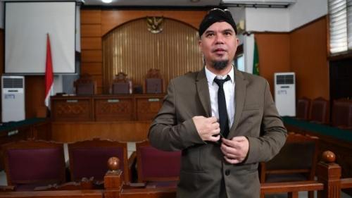 Dituntut 2 Tahun Penjara, Ahmad Dhani: Korbannya Genderuwo Balas Dendam