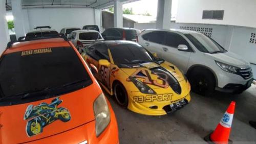 Mobil Sport Mewah Bandar Narkoba Pekanbaru Disita Kejagung, Ini Penampakannya...