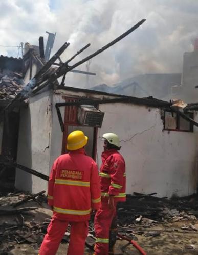 Satu Rumah di Marpoyan Damai Ludes Dilahap Sijago Merah