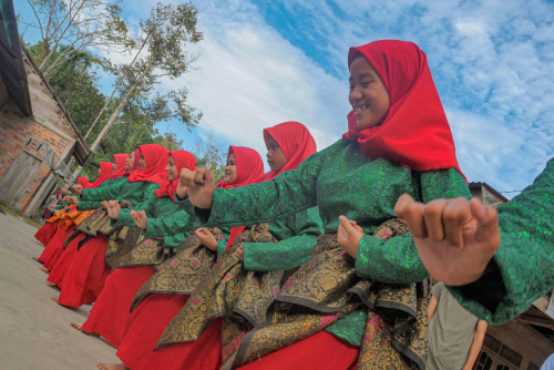 Tari Zapin Bengkalis Riau Pukau Turis Malaysia dan Thailand