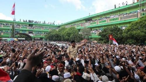 Di Hadapan Ribuan Santri, Prabowo Janji Jemput Habib Rizieq dan Bebaskan Para Ulama yang Dipenjara