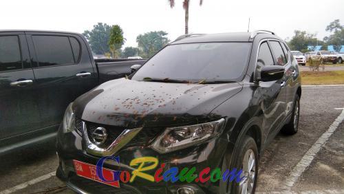 Empat Mantan Pejabat Pemprov Riau Kembalikan Mobil Dinas