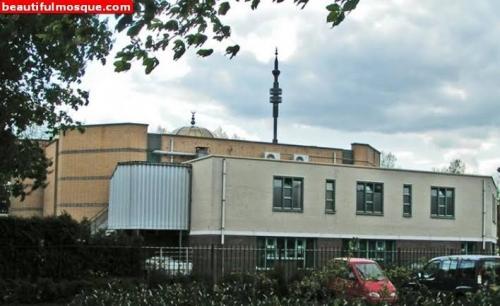 Demo Menolak Ramadan dan Pengaruh Muslim di Masjid Al-Furqan Eindhoven Berujung Rusuh