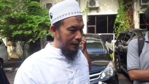 Pemimpin Ponpes Al-Hilal Ustaz Sambo Penuhi Panggilan Polisi