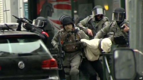 Kepolisian Menangkap Dua Orang Terkait Serangan Mematikan di Belgia dan Prancis