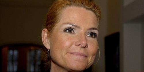 Menteri Wanita Ini Pajang Kartun Nabi Muhammad Bawa Bom
